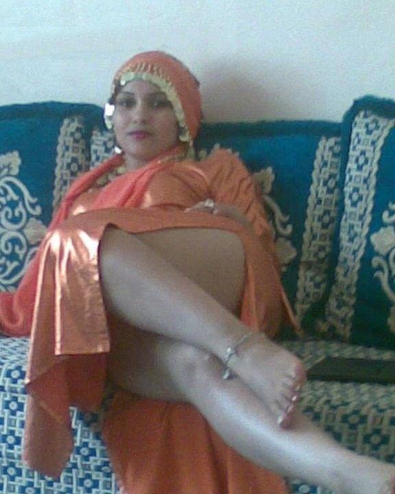 femme arabe nue escorte thonon